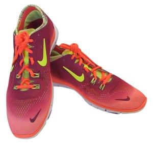Nike Good Condition Size 11.00 M Maroon, Yellow, Athletic
