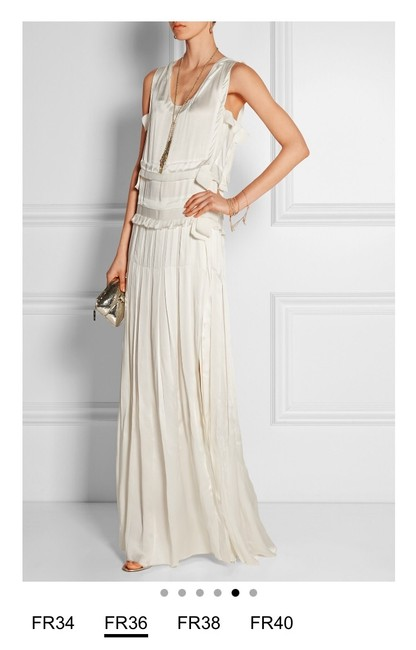 Item - Ivory Satin Tiered Column Gown Formal Wedding Dress Size 4 (S)