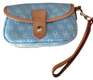 Dooney & Bourke Dooney& Blue Wristlet in Baby Blue