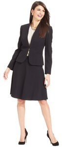 Tahari Size: 10 A-Line 2-piece Black Skirt and Jacket Suit