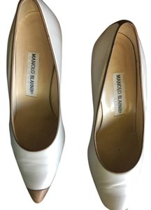 Manolo Blahnik Rich Ivory with camel Pumps