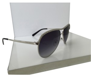 fd60f8a646 Grey Tory Burch Sunglasses - Up to 70% off at Tradesy