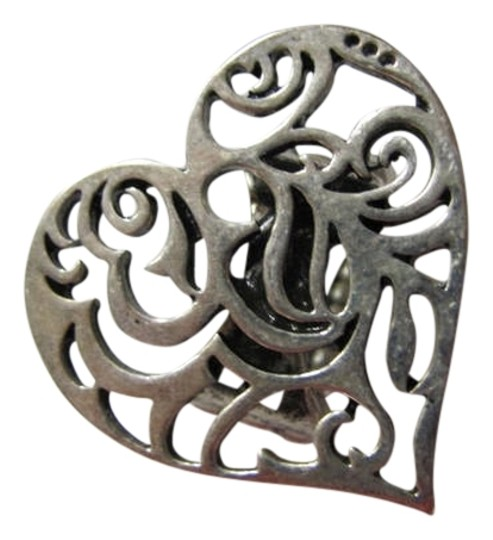 Preload https://item3.tradesy.com/images/silver-tone-heart-shaped-ring-709557-0-0.jpg?width=440&height=440
