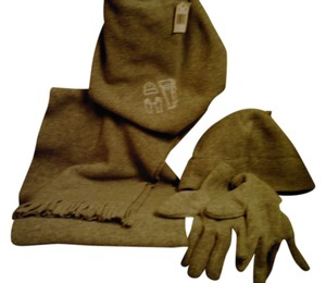 HAT/SCARF/GLOVES FLEECE SET in a drawstring backpack bag