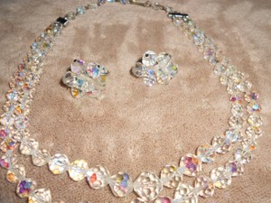 Glittery Vendome Signed Laguna Crystal Earrings And Necklace