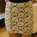 Forever 21 Cream Lace Skirt Size 8 (M, 29, 30) Forever 21 Cream Lace Skirt Size 8 (M, 29, 30) Image 4