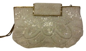 Lord & Taylor White Clutch