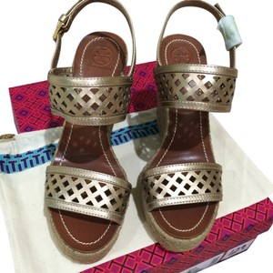 Tory Burch Leather Platinum Platinum Perforated Perforated Sandal Sandal Sandals Sandals Heels Heels Heel Heel Metallic Wedges