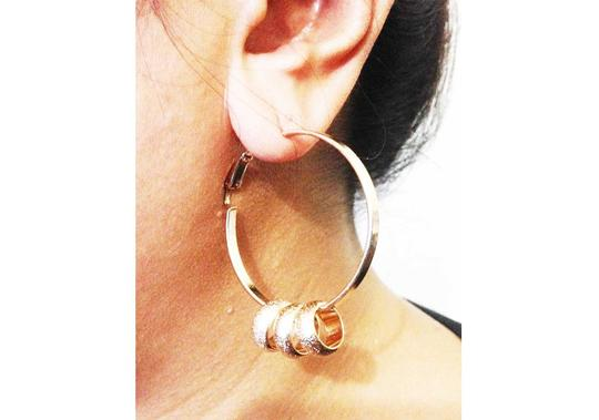 Other 3-RINGLETS GOLD HOOP EARRINGS
