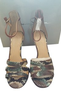 Jessica Simpson Skin Shoe Tan with snake print Sandals