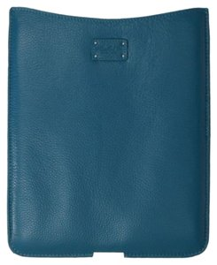 Morelle & Co Leather iPad Case in Azure ~ NWB ~ Beautiful, Cushioned & Plush!