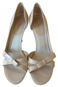 Enzo Angiolini Sandal Cream Pumps