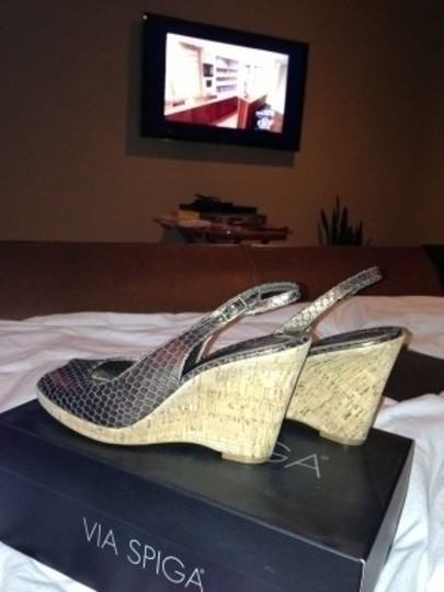 Via Spiga Copper Wedges