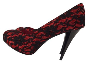 De Blossom Collection Pokadot Date Night Night Out RED/BLACK Pumps