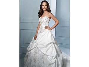 Alfred Angelo 31669 Wedding Dress