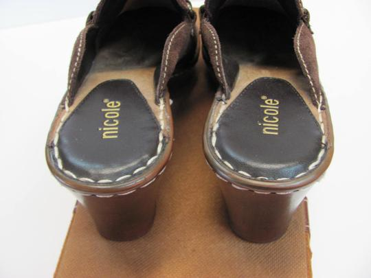 Nicole Very Good Condition Leather Size 6.00 M Brown Mules Image 3