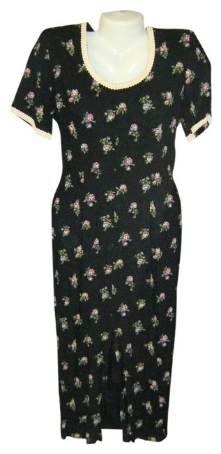 Preload https://img-static.tradesy.com/item/712178/black-print-floral-column-ties-in-mid-length-workoffice-dress-size-10-m-0-0-650-650.jpg