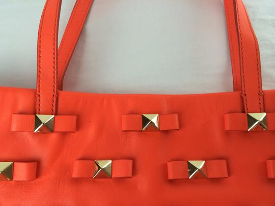 Kate Spade Bow Leather Metal Tote in Maraschino Red Orange Image 8