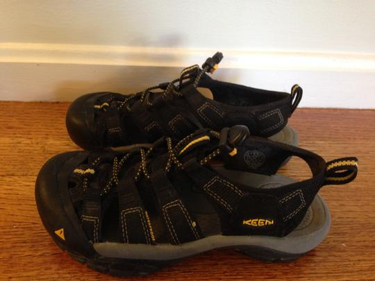Keen Outdoor Summer Hiking Waterproof Black Sandals