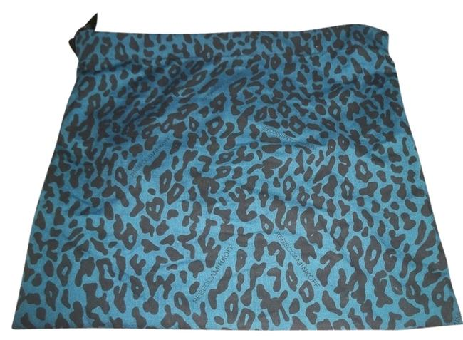 Item - Sleeper Dust Cover/ Protective Blue and Black Animal Print Cotton Weekend/Travel Bag