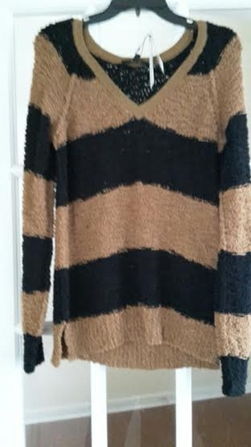 Sanctuary Polyester/Cotton. Hand Wash. Ribbed Neckline Bust 18 Length 25 Sweater Image 1