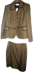 Le Suit 2 Pc Le Suit Brown and Cream Pattern Skirt Suit NWT Sz 8P