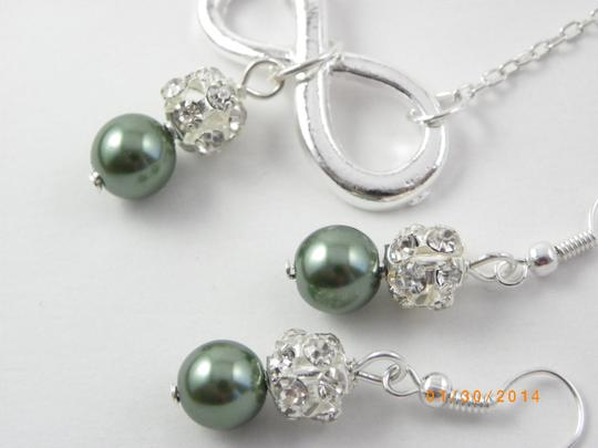 Handmade set of green pearl necklace and earrings , infinity charm silver plated
