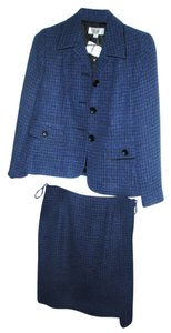 Le Suit 2 Pc Le Suit Blue Skirt Suit NWT