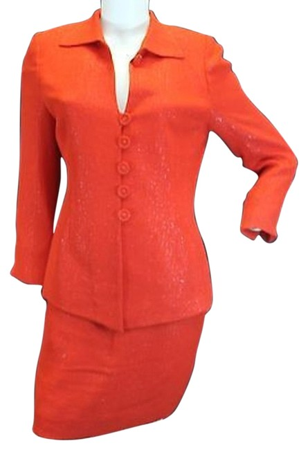 Item - Red Christian Textured Skirt Suit Size 8 (M)