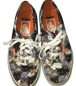 Vans cat print Athletic