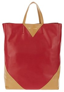 Céline Included Tote in Red and Camel