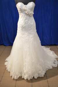 Maggie Sottero Ivory/ Ivory Lace with Silver Accent Tulle Overlay Ella A3429luhc Formal Wedding Dress Size 10 (M)