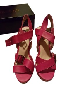 Michael Antonio fuchsia Wedges
