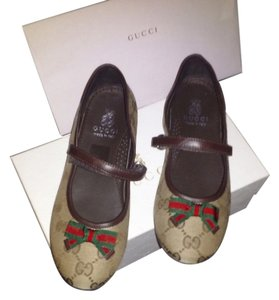 Gucci Kids Beige original GG with Brown leather trim Flats