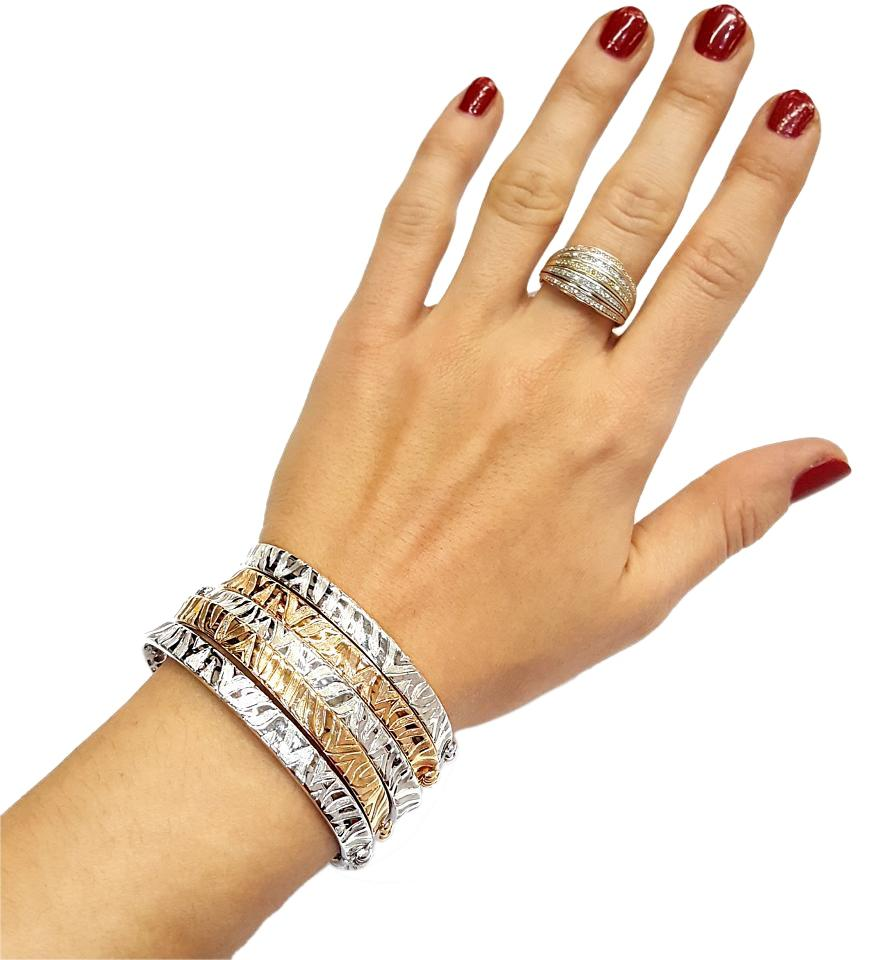 Roberto Coin 18 Karat White Gold With Engraved Zebra Pattern Bracelet Tradesy