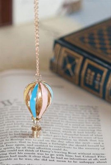 Other Hot Air Balloon Pendant Necklace Image 1
