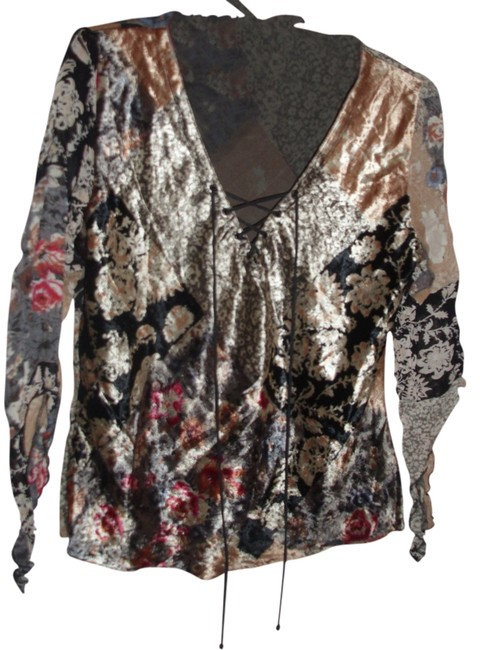 Preload https://item5.tradesy.com/images/angie-velvet-velour-crepe-georgette-tunic-black-floral-715034-0-0.jpg?width=400&height=650
