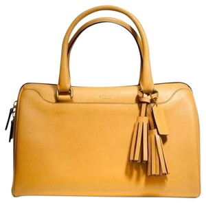 Coach Soft Leather Bag - Satchel in Mustard yellow