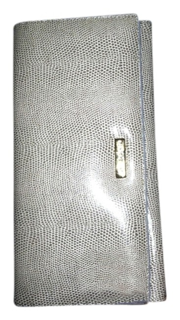 Item - Snakeskin Silver Leather Clutch