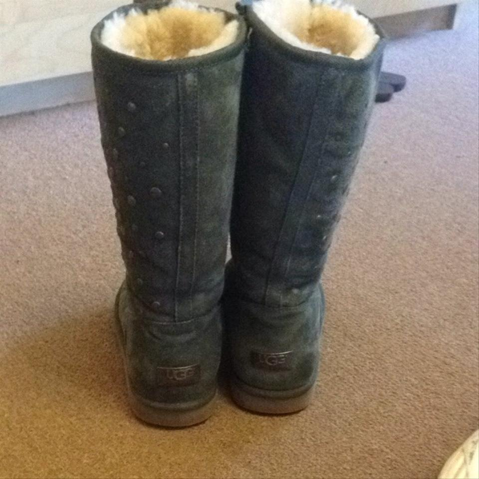 olive green classic uggs