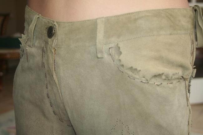 Kerry Grimd Suede Perforated Capri/Cropped Pants olive green Image 3