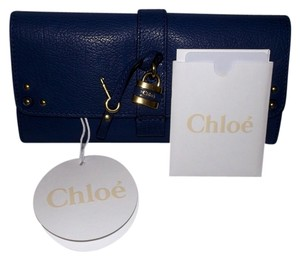 Chloe Chloe Portefeuille Aurore Padlock & Key Wallet in Royal Navy - Brand NEW With Tags! - 100& Authentic!