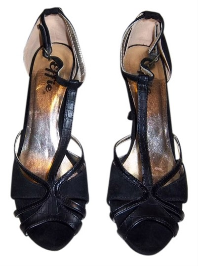 Effie Black Sandals
