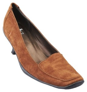 Stuart Weitzman Suede Heels Loafers Brown Formal