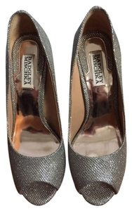Badgley Mischka Silver/Gold Glitter Pumps