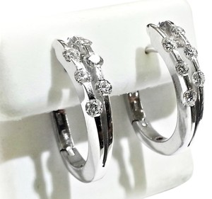 Roberto Coin Roberto Coin Hoop Earrings 18 k White Gold & 1.00carat total weight Diamonds