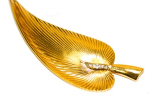 Yellow 18kt Brooch/Pin