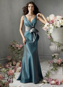 Jim Hjelm Occasions Aquamarine/Teal Dress