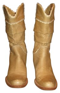 BCBGMAXAZRIA Cowboy Leather Lace Trim tan Boots