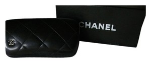 Chanel Chanel sunglasses with Pearl Necklace
